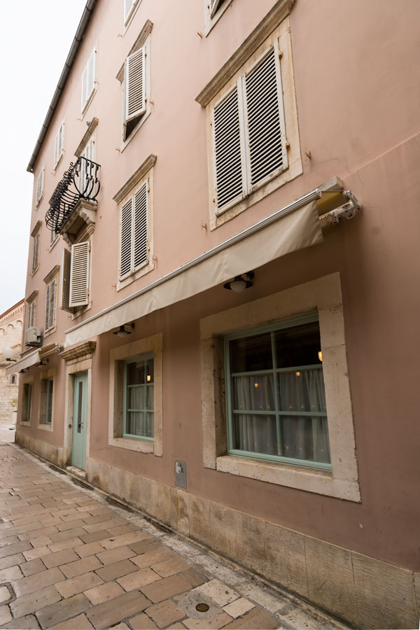 PASTEL STREETS OF ZADAR - MY FAVOURITE HOUSE